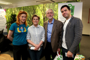 Jeremy Corbyn MP, Leader of the Labour Party and Leader of the Opposition, pictured visiting the Entrepreneurial Spark offices in Brighton. Pictured is GV. Photograph by Sam Stephenson / VERVATE. Contact: Susi Doherty, Managing Director on, 0797 3677 017 / 01273 275162.